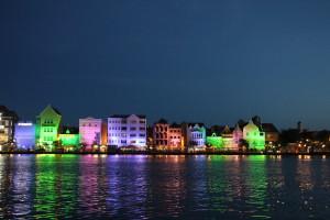 Curaco Willemstad bei Nacht