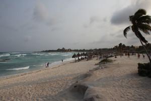 Strand in Mexiko bei Sturm