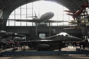 Brüssel Militärmuseum Flugzeuge