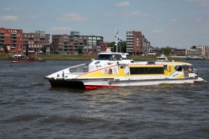 Wasserbus - Waterbus in Dordrecht
