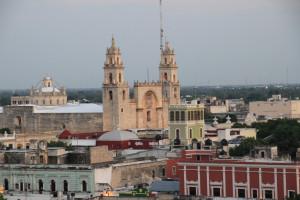 Kathedrale von Merida in Mexiko mit Blick über die Stadt