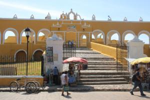 Löoster Izamal, Mexiko. Eingang