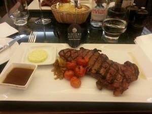 Steak bei einem Restrauranttest