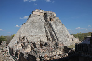Pyramide in Uxmal, abgerundete Kanten