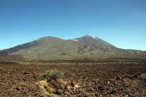 Blick auf den Teide vom Rand des Plateaus