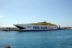 Fähre auf Teneriffa - Fred Olsen Express Katamaran