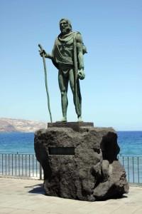 Statue eine Königs der Guanchen in Candelaria, Teneriffa