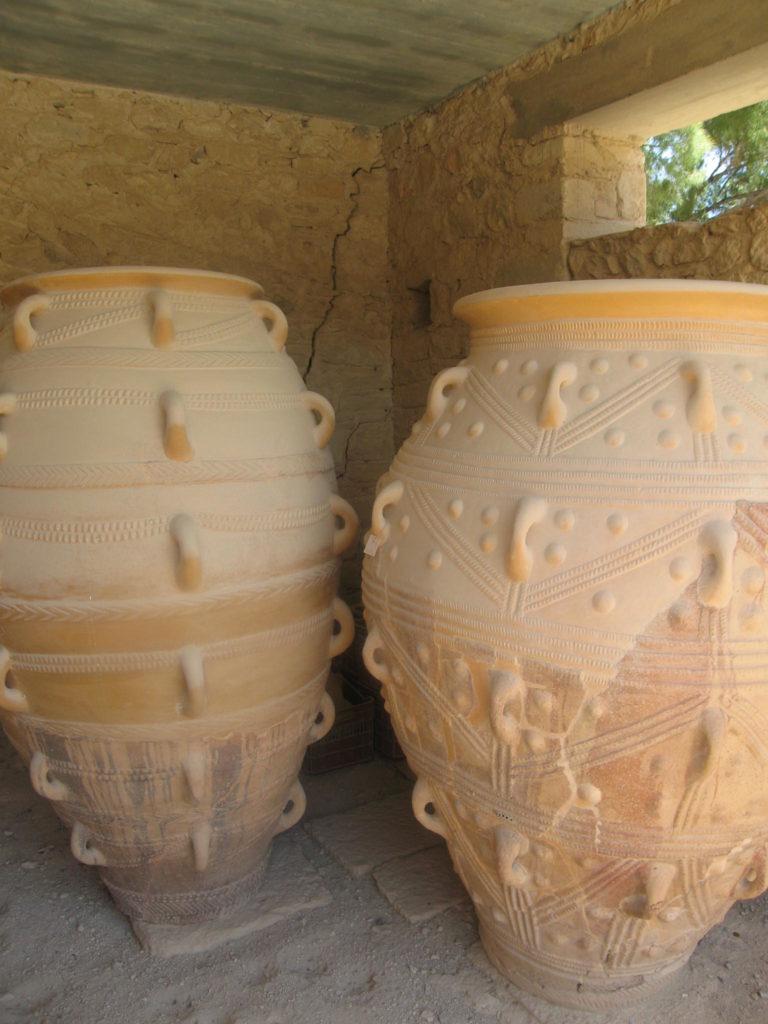 Große Amphoren, rekonstruktion in Knossos