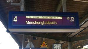 Verspätung Bahn, Anzeigetafel